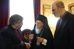 The first discussion of the Bishop Nik Nedelchev with the Ecumenical Patriarch Bartholomew; Bishop Thomas Schirrmacher is at right © BQ/Warnecke